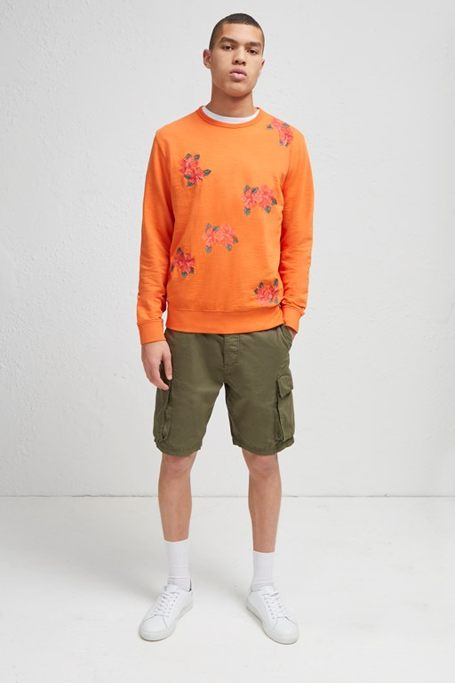 wela flower sweatshirt