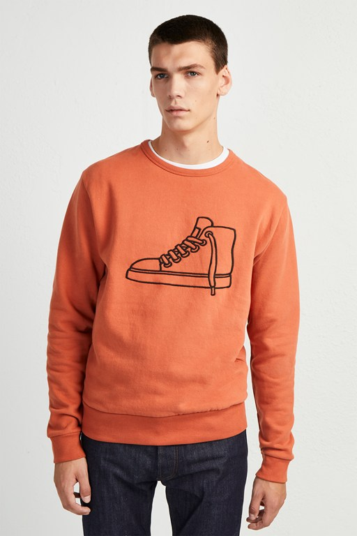 sneaker embroidered sweatshirt