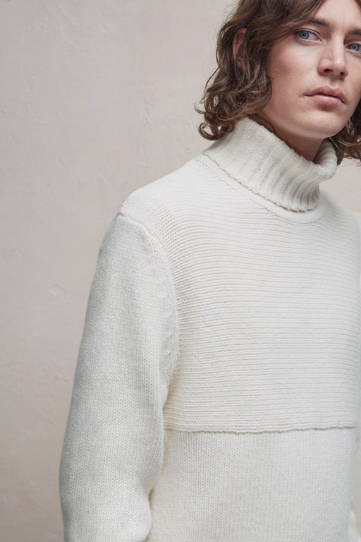 Complete the Look Contrast Direction Roll Neck Jumper