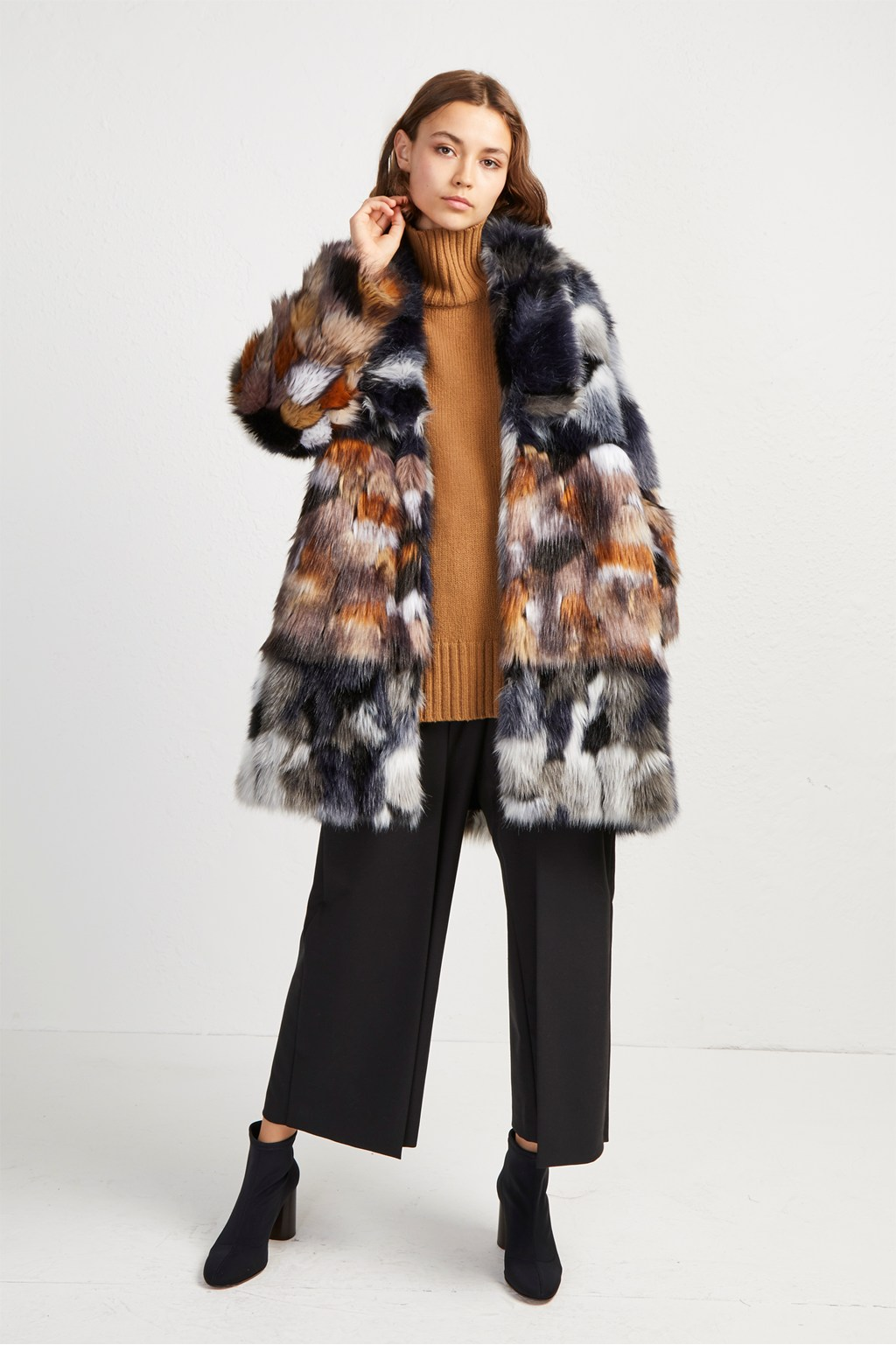 2019 wholesale price great variety models best sell Golda Faux Fur Coat