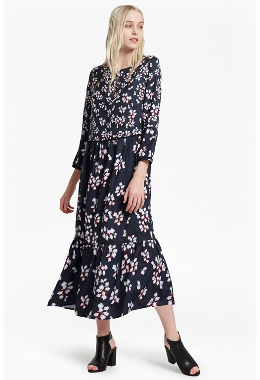 Eva Crepe Leaf Print Maxi Dress