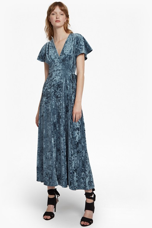 Complete the Look Aurore Crushed Velvet Maxi Dress