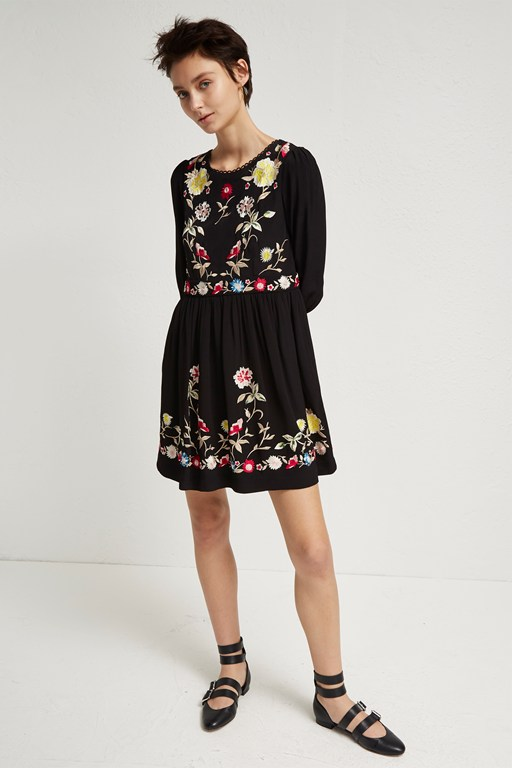 saya crepe embroidered flared dress