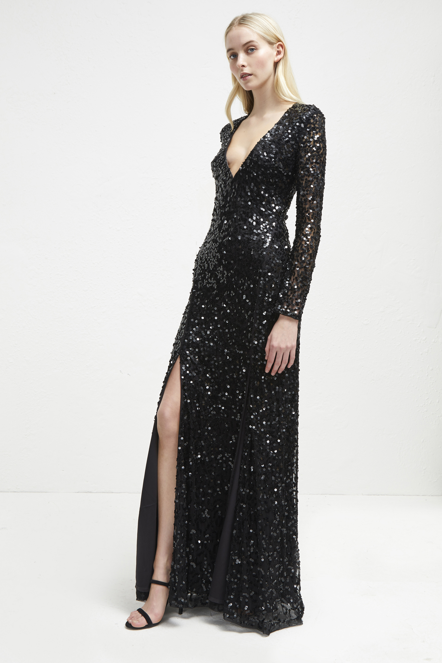 Dresses Sparkle forecast to wear in autumn in 2019