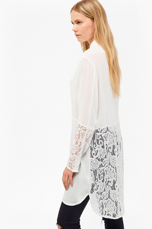 Complete the Look Taza Lace Longline Shirt