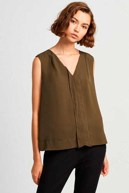 Crepe Light V Neck Top