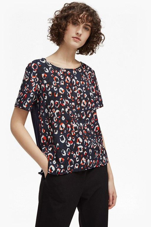 chira crepe light round neck top