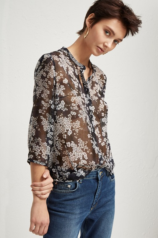 rishiri crinkle collarless shirt