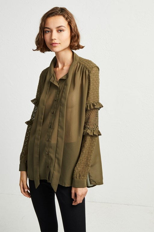 comino patched shirt