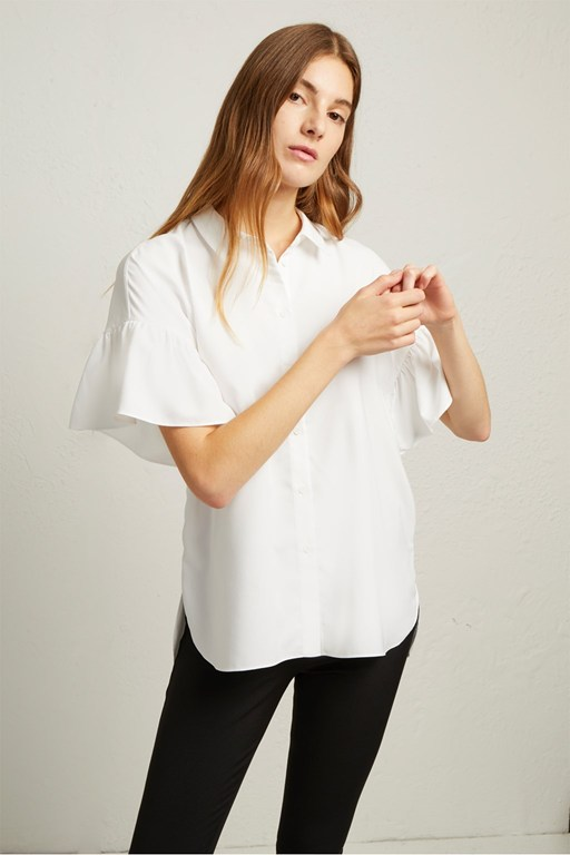 crepe light ruffle sleeve shirt