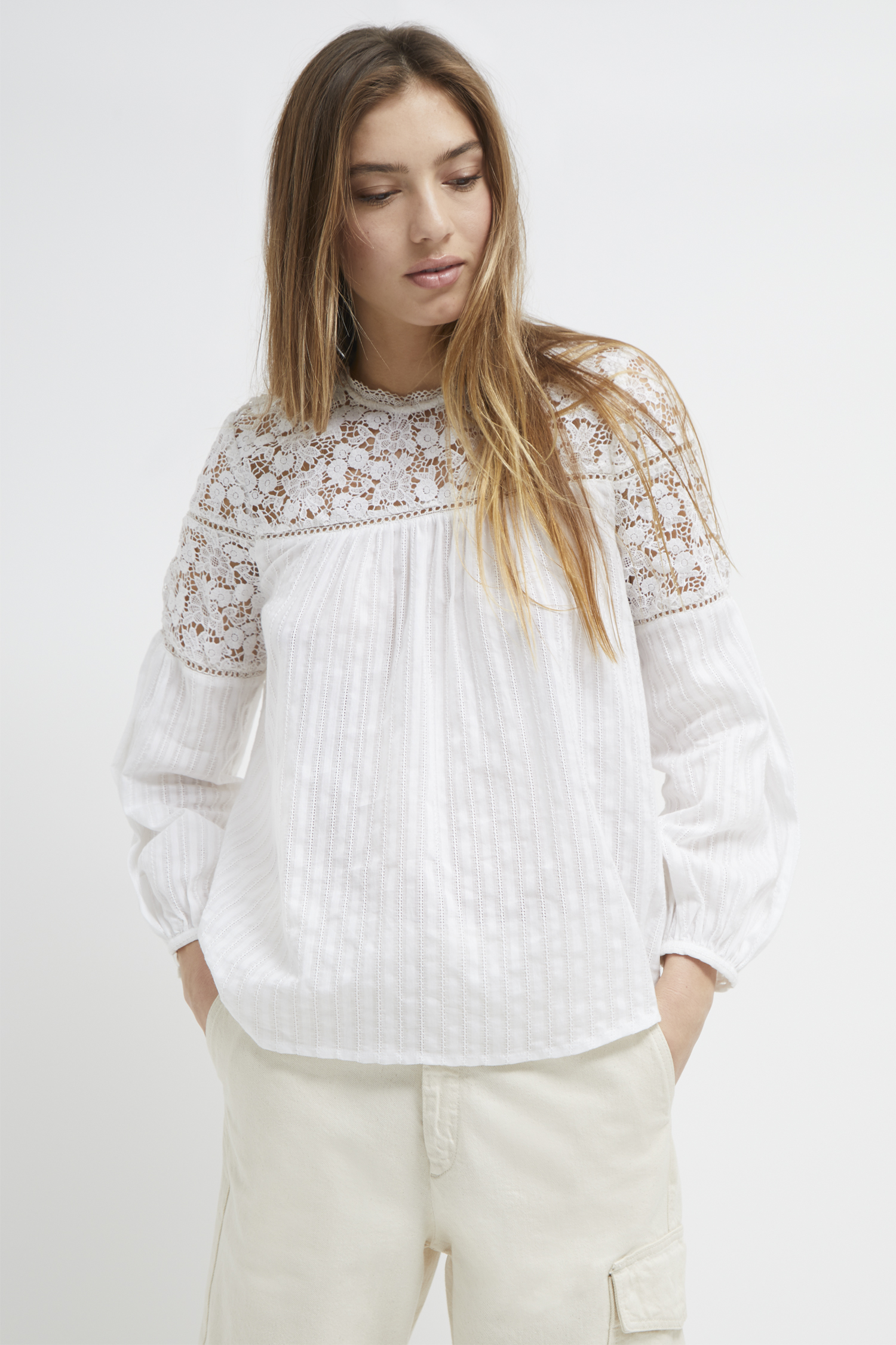 Coletta Cotton Broidery Top | Perfume | French