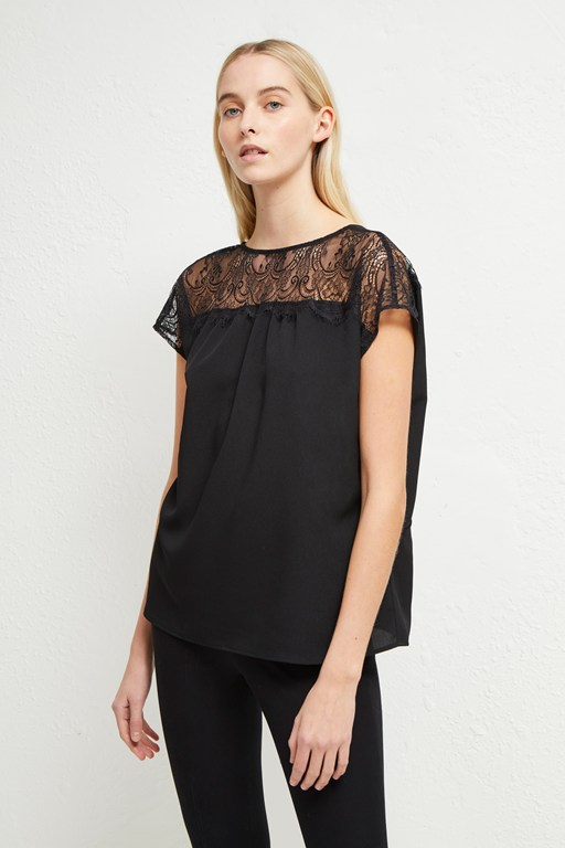 Complete the Look Crepe Light Lace V-Back Top