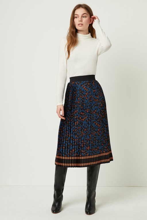 pleated midi leopard print skirt