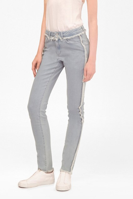 The Relaxed Skinny Jeans