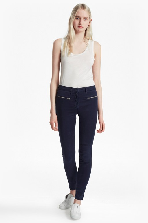 Complete the Look Sateen Zip Skinny Jeans