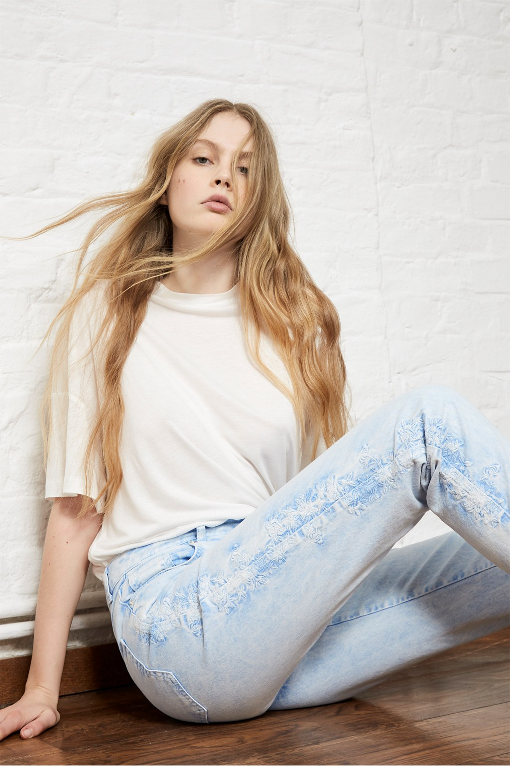 edad410d717e7 Aida High Rise Straight Jeans | Athleisure | French Connection Usa