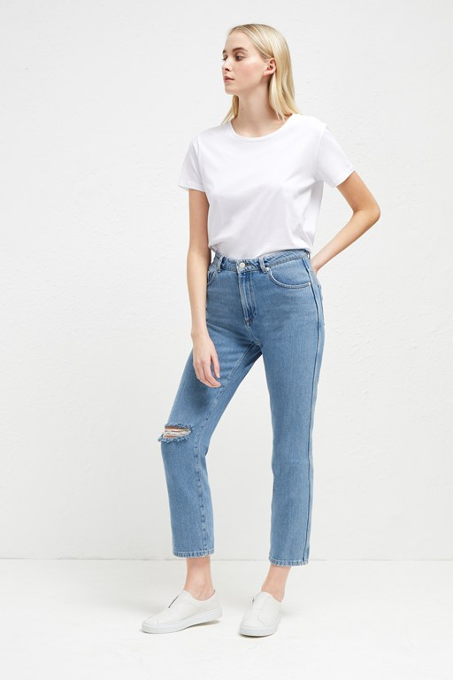 Complete the Look High Rise Straight Jeans