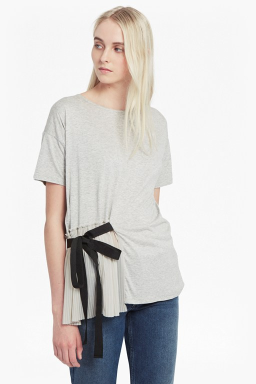 tie side pleats t-shirt