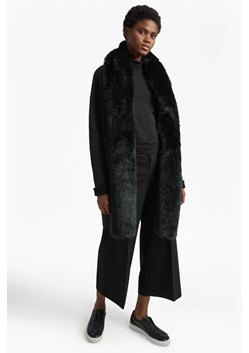 Double Sided Vhari Faux Fur Collar Coatigan
