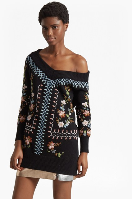 Bijou Embroidery Knit V Neck Jumper