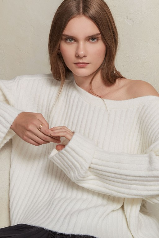 Complete the Look Riva Rib Knit Cropped Jumper