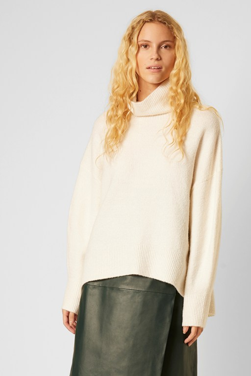 nina knits high neck sweater