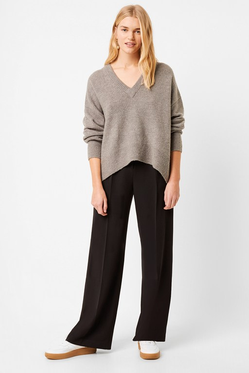 nina knit v neck sweater