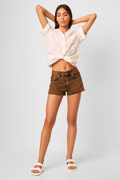 zola washed high waisted denim shorts