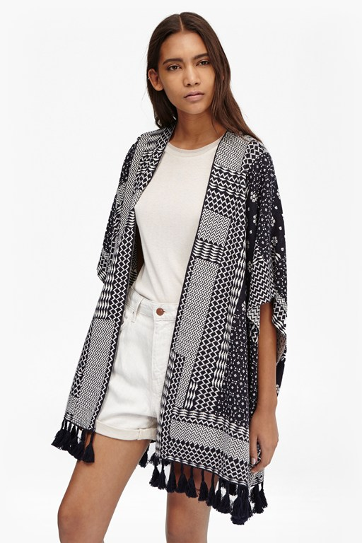 Complete the Look Jacquard Patchwork Shawl