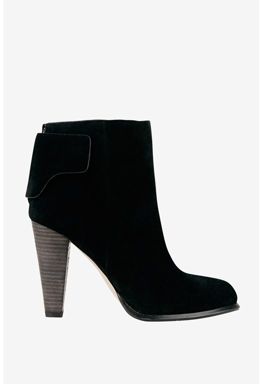 Cameo Shoe Boots