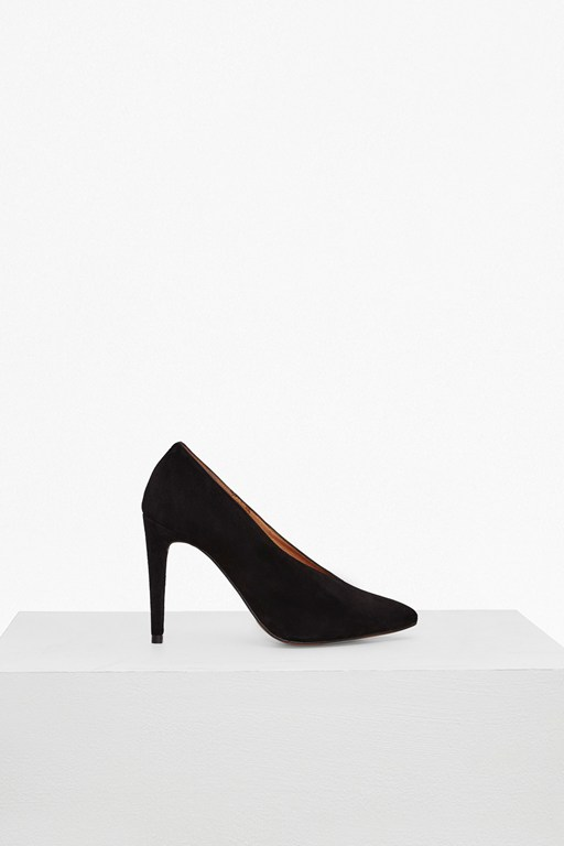 Arianna High Vamp Court Shoe