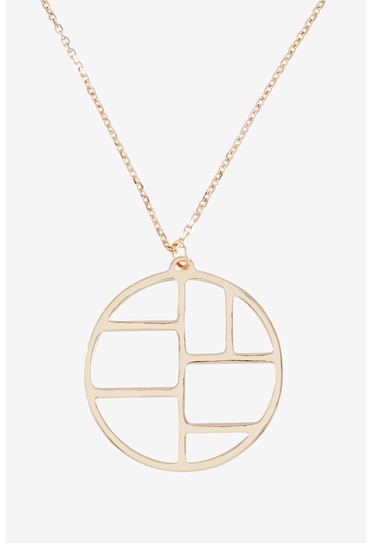 Metal Cut Out Circle Pendant Necklace