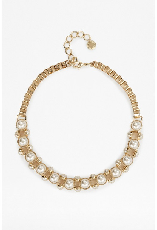 Pearl Cabochon Studded Necklace