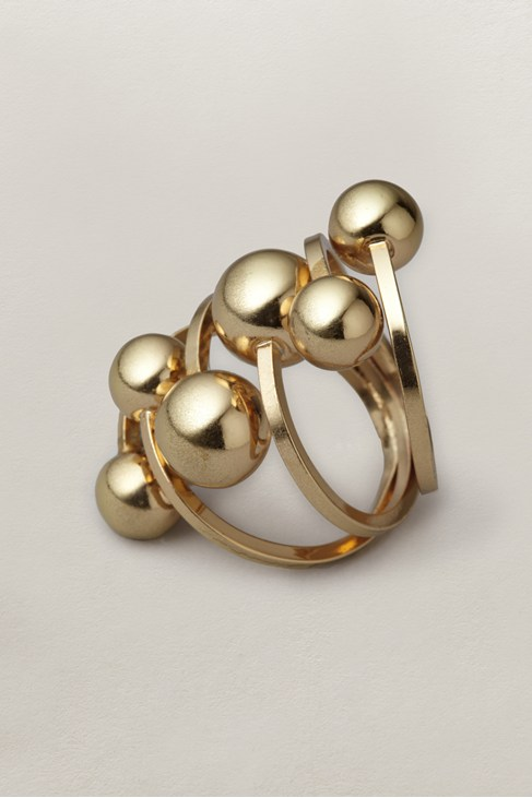 Ball Cluster Ring