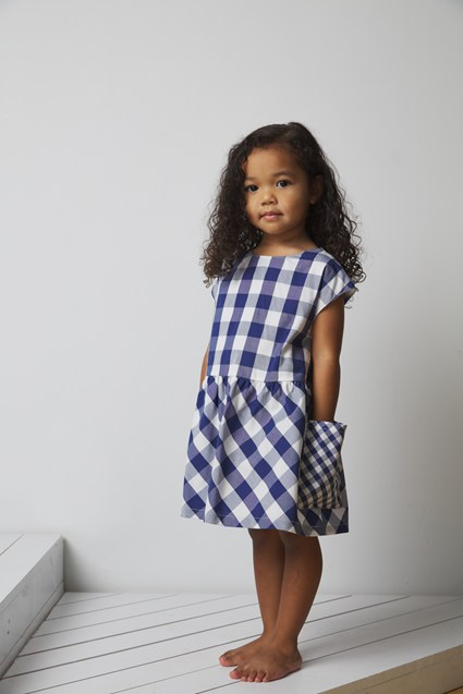VOLUMINOUS GINGHAM DRESS