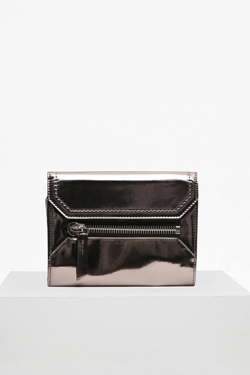 Complete the Look Super Zip Sacha Cross Body Bag