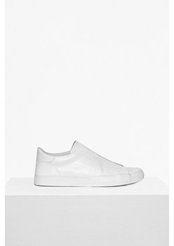 Leather Non Eyelet Trainer