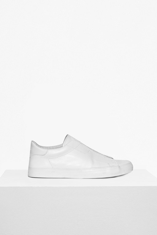 Complete the Look Leather Non Eyelet Trainer