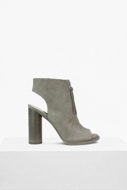 Complete the Look Uttara Boots