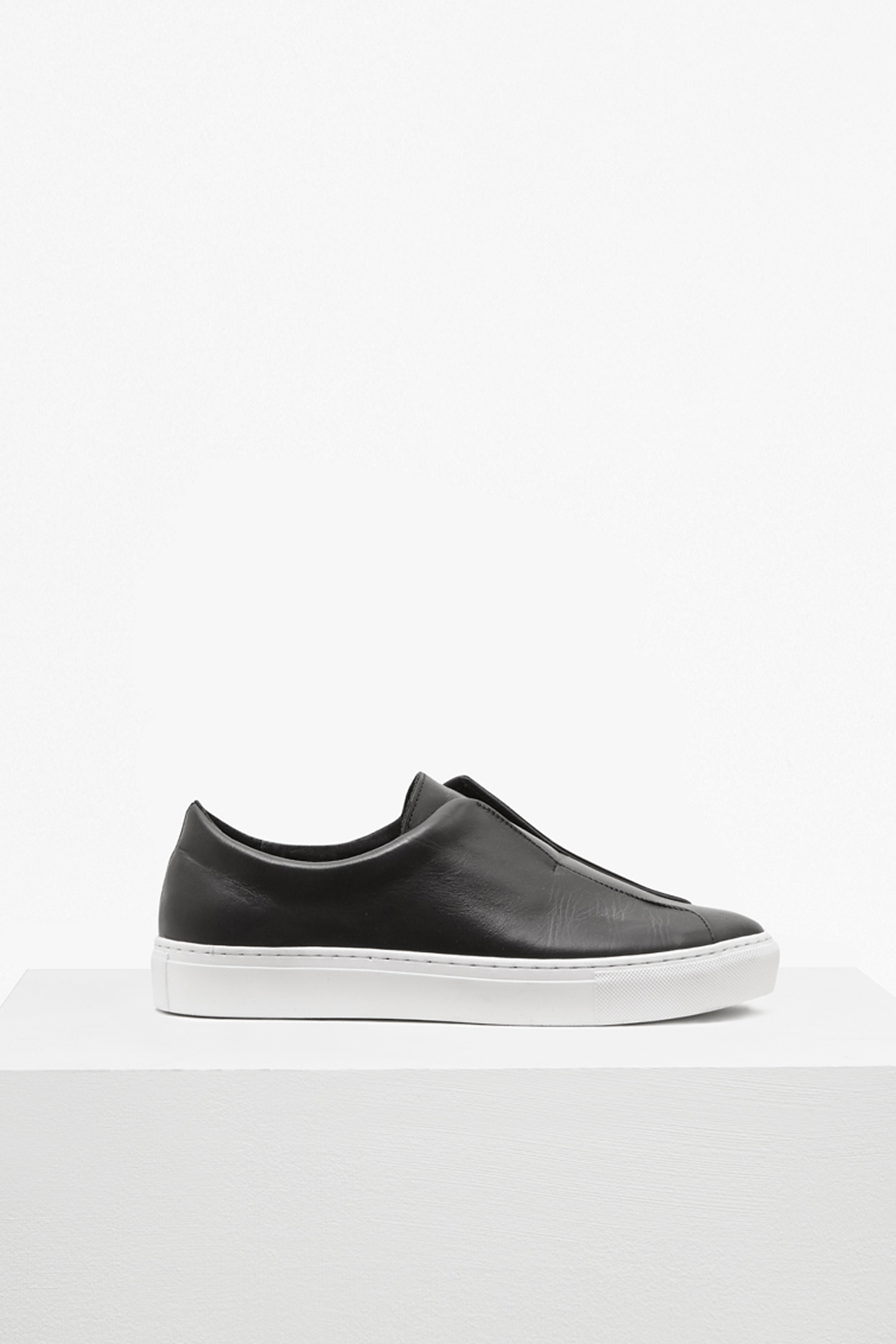 Sara Clean Trainers | Collections