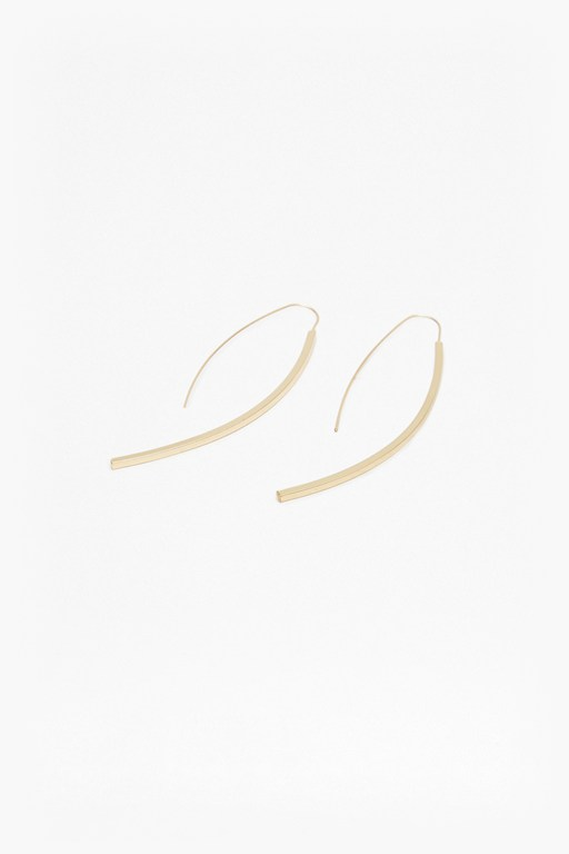 core curved drop bar earrings