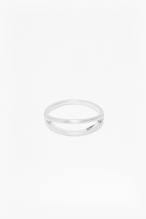 core brushed split bar ring