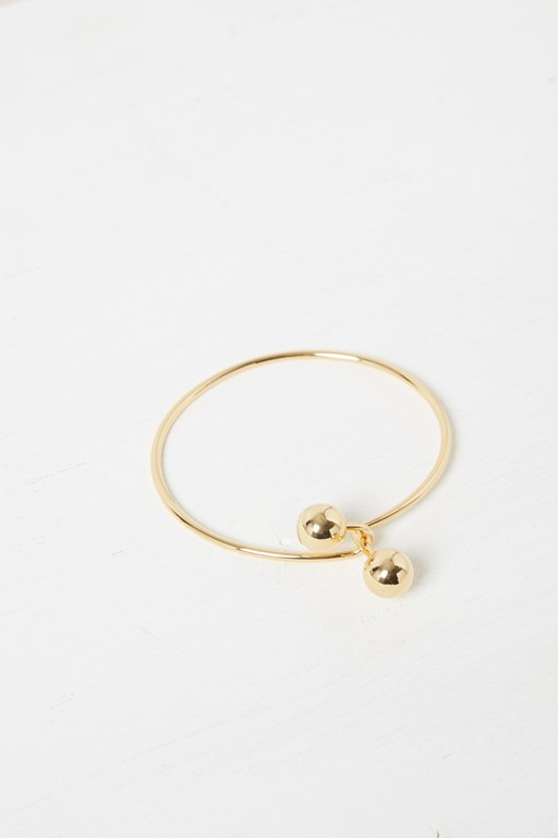 Complete the Look Twisted Sphere Bracelet
