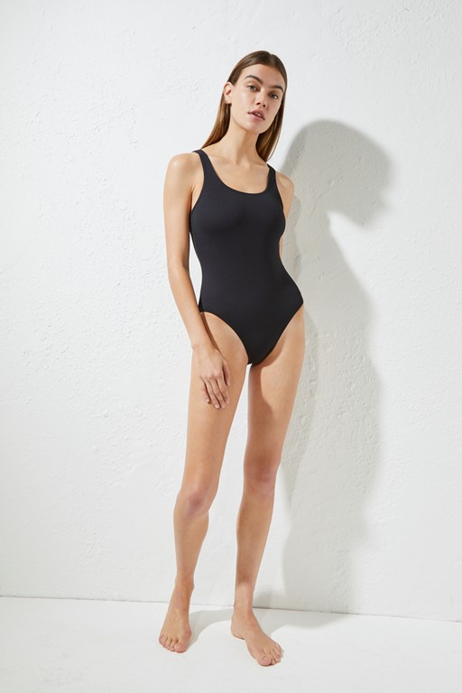 core classic one-piece swimsuit