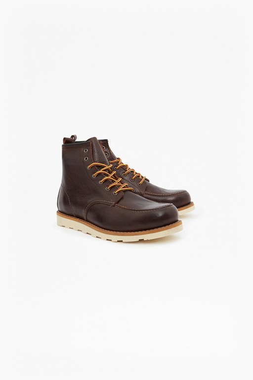 Complete the Look Casual Lace Up Boots