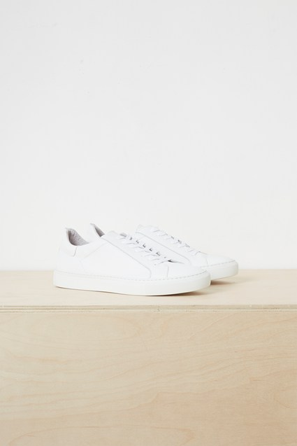 Lars Lace Up Sneakers